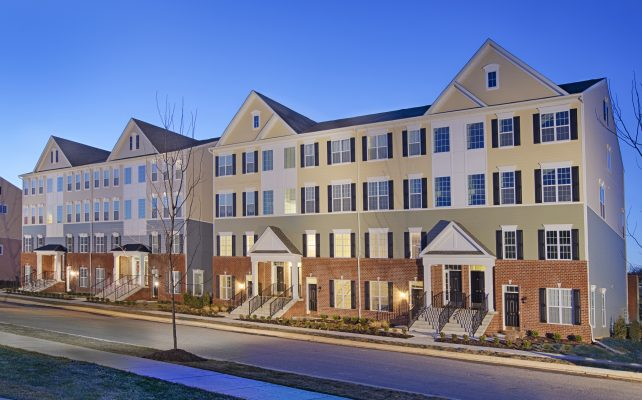 Darley green delaware townhomes by montchanin builders for Stacked townhouse floor plans